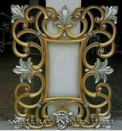 Cermin Ukiran Minimalis