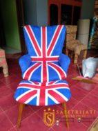 Kursi Retro Uya Kuya Motif Bendera