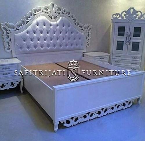 tempat-tidur-modern-ukir-mewah