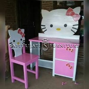 Meja Belajar Hello Kitty