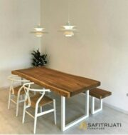 Set Kursi Cafe Wishbone Putih